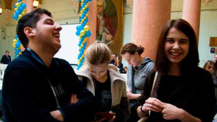 Русские студенты после сдачи сессий