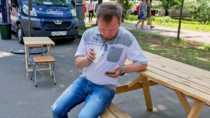 Ученые: Обедать в одиночестве вредно для здоровья