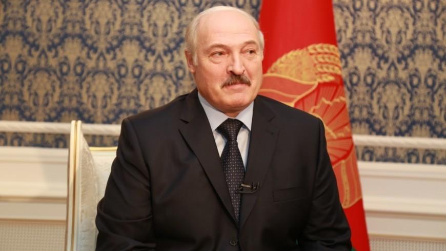 Лукашенко призвал белорусов пить вино, а не «за раз по литру водки»