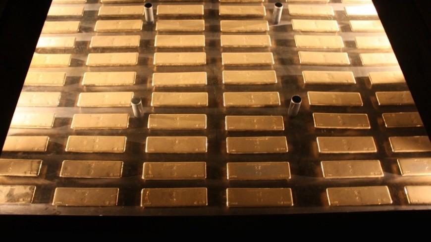 Золото отвоевывает у биткоина звание безопасного актива