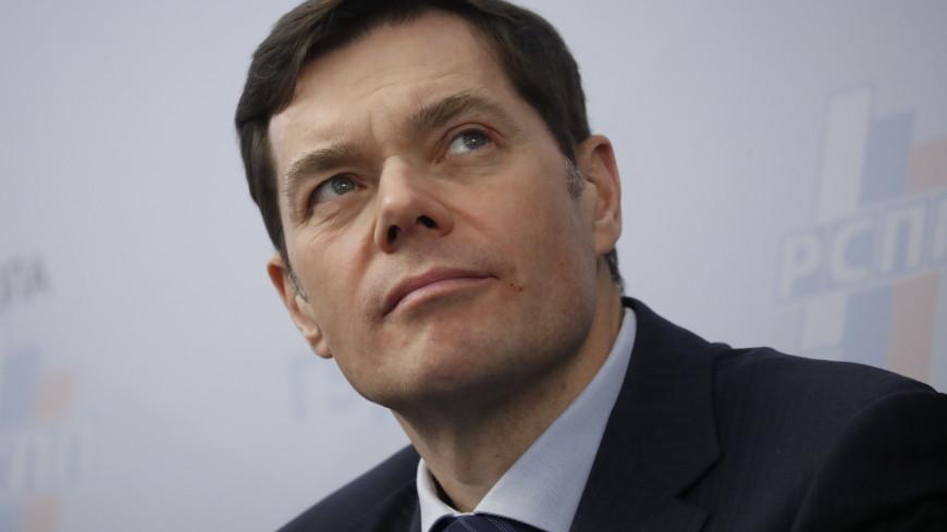 «Индекс Робин Гуда»: богатейший россиянин мог бы содержать всю страну две недели