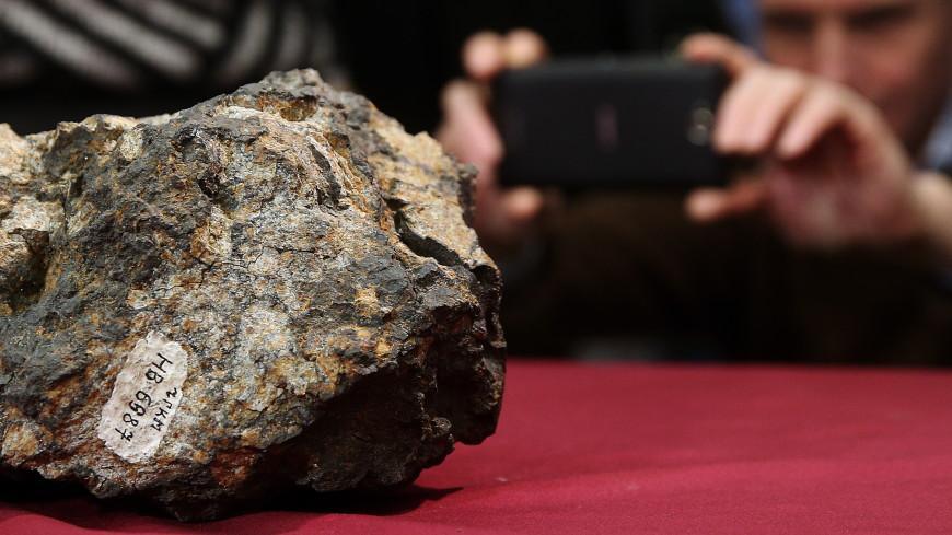 «Не вздумайте прикасаться к нему». Что занес на Землю челябинский метеорит?