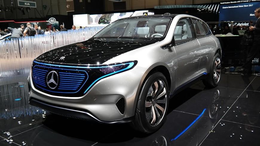 Mercedes покажет в Женеве свой первый серийный электрокроссовер