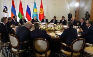 Путин и Лукашенко отметили значительный рост товарооборота России и Беларуси