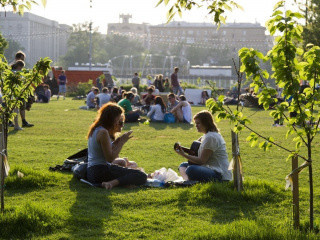 Больше половины россиян не готовы к переработкам ради карьеры