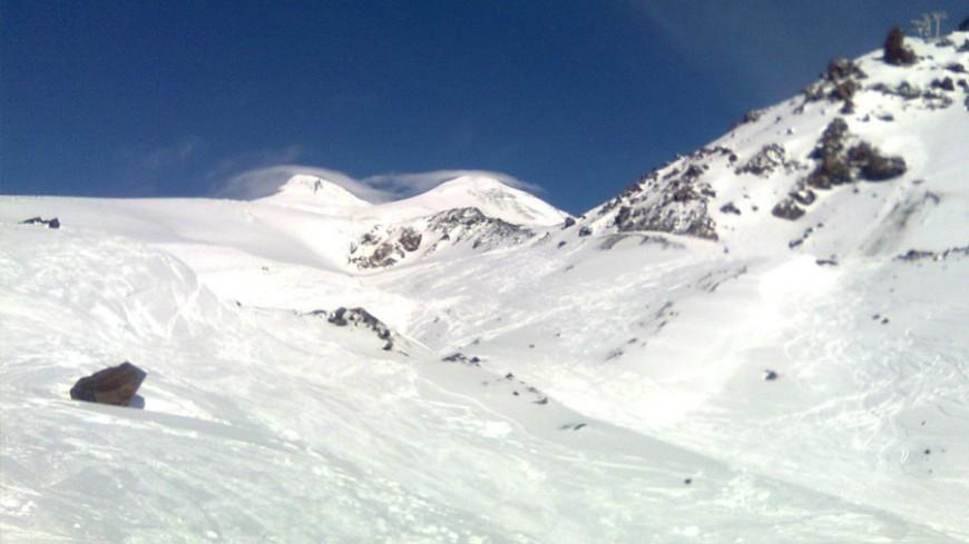 Заблудившиеся в тумане на Эльбрусе туристы найдены