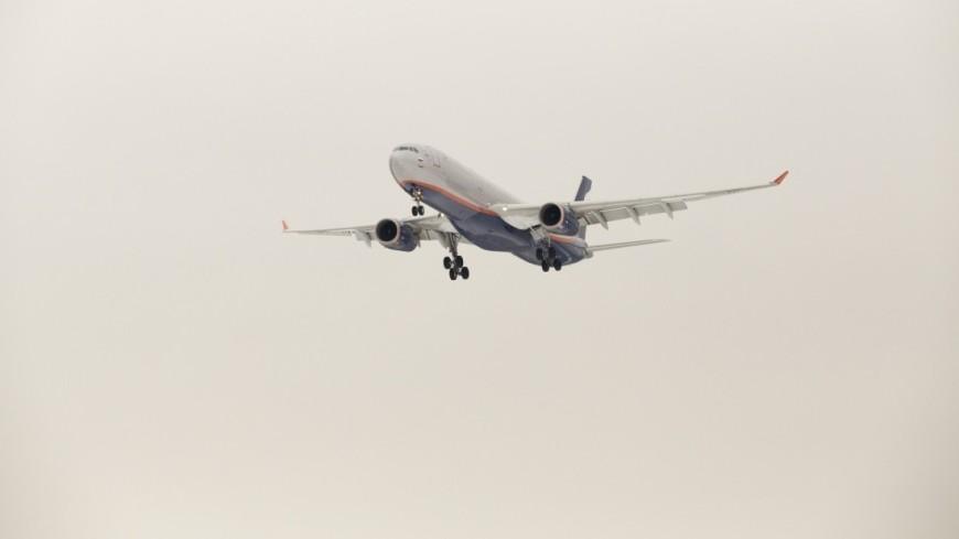 В Волгограде из-за разгерметизации экстренно сел самолет из Турции