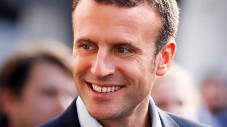СМИ: Макрон мечтает сделать французский главным языком ЕС