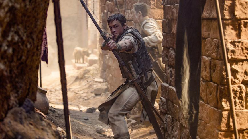 Разбойник из Шервудского леса: вышел трейлер фильма «Робин Гуд: Начало»
