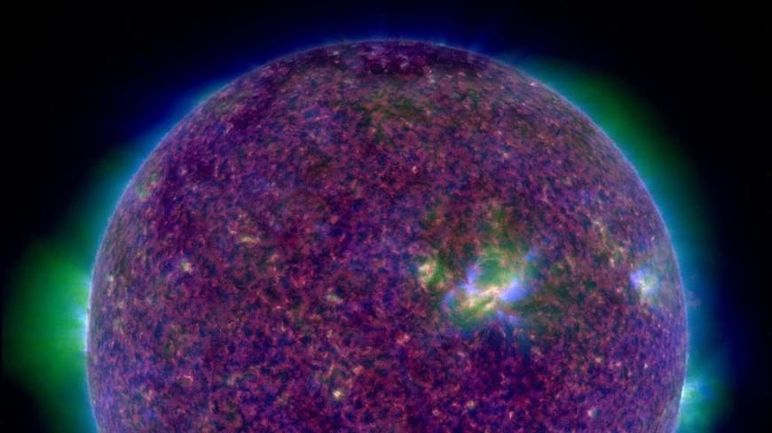 Экстремальный ультрафиолет: NASA показало новый снимок Солнца