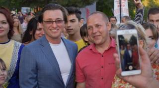 Занавес поднят: Александринский театр торжественно открыл новый сезон